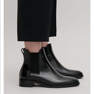 Cos pull on Chelsea boots